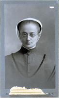 Emma Belle King [front]