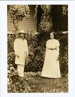 Benjamin and Mary Purnell posed outside