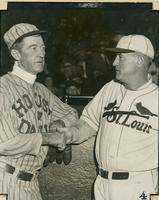 Grover Cleveland Alexander and Gabby Street shaking hands